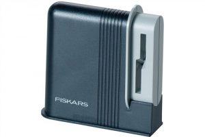 Osełki FISKARS 1000812 OSTRZAŁKA DO NOŻYCZEK CLIP-SHARP™ 1000812